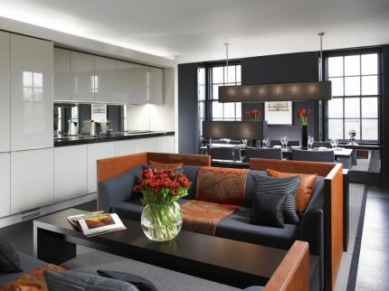 Grosvenor House Suite luxury serviced apartments – living area